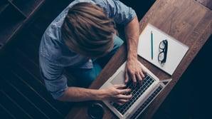 Øk trafikken inn til nettsiden din gjennom gjesteblogging