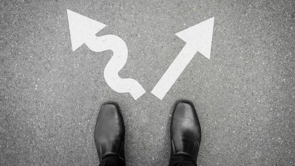 Hva er en redirect vs. en canonical tag