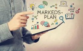 Hva skal en markedsplan inneholde?