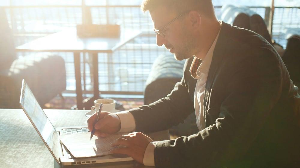 7 grunner til at ledere bør skrive mer