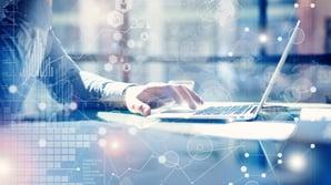 Hva er en kundedataplattform, og hvorfor trenger bedriften din det?
