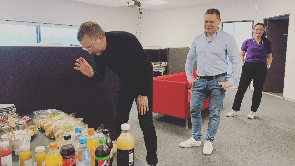 Inbounddagen 2020 - Hans-Petter Nygård-Hansen-Erlend Førsund og Siri Enoksen spiser lunsj