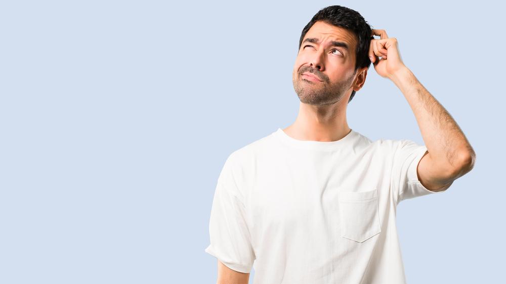 Mann som tenker: Troverdig_innholdsmarkedsføring_gar_det_an