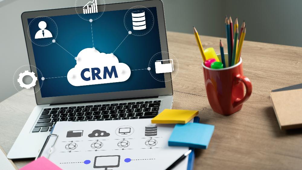 De viktigste grunnene til å velge HubSpot CRM